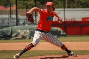 Pilots jump on Holly Springs early, holding on to crush Salamanders 9-2